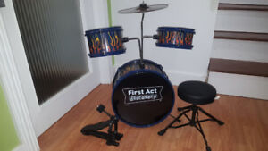 Todlers Drum set.  High quality.