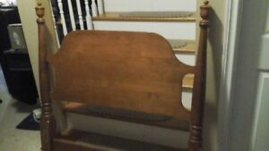 Solid Head and Footboard for single bed very good condition