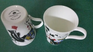 2 PLAYING CARD FINE BONE CHINA MUGS CROWN TRENT CASINO - ENGLAND