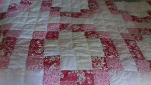 twin pink hand made quilt Cornwall Ontario image 1