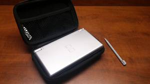 Silver Nintendo DS Lite For Sale!