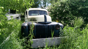 1947 Ford 2Ton truck with ownership