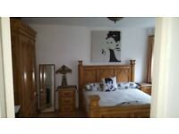 Large Room near in House nr Wimbledon Common / Southfields in Quiet, Leafy Area