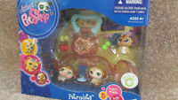 **LITTLEST PET SHOP PETRIPLETS**