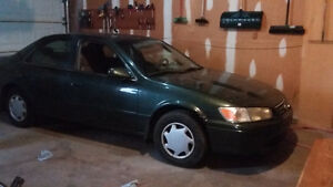 Good Condition 2000 Toyota Camry with Winter Tires for Cheap