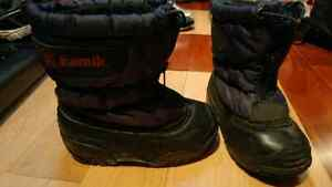 Boys Kamik winter boots (size 7)