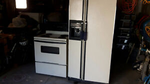 KENMORE STOVE & FRIDGE COMBO...reduced price