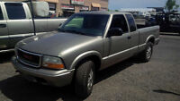 """6"""" lifted 2003 GMC Sonoma (good for mud or farm)"""