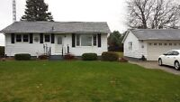 Beautiful 2 acre house! With double garage!! Newly renovated!