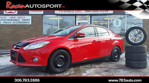 2012 FOCUS SEL 4DR - 1 OWNER - LEATHER/SUN/SOUND+MORE!! YORKTON
