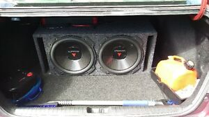 Kenwood 2 12's Subwoofers In Ported Box/ Crunch Amp 800w