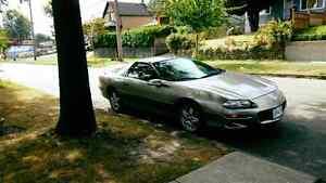 1999 Chevrolet Camaro Coupe (2 door)