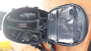 Appareil photo Pentax K-S2 avec 3 lentilles + filtres + acc