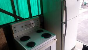 Fridge And Stove $25 for both Cambridge Kitchener Area image 2