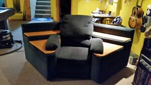 3 Piece Sectional Couch -Used -Perfect for Rec.Room or Mancave Cambridge Kitchener Area image 4