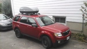 Voiture Mazda Tribute