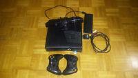 Console Xbox 360 avec Kinect et deux manettes