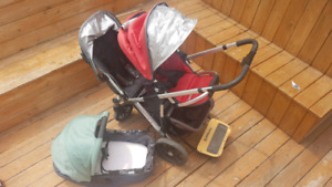 UppaBaby Vista Double Stroller w bassinet and Piggyback board