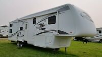 2007 Newmar Cypress 36CKDB Fifth Wheel