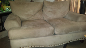 Beige microfiber couch for quick sale