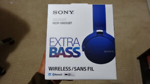 Sony Bluetooth Wireless Headset - NEW IN BOX - FREE DELIVERY
