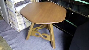 IMPERIAL LOYALIST Solid Maple Entwined Loop Design Table