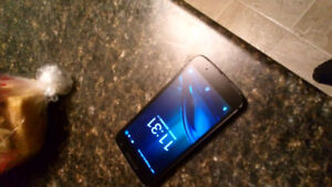 Motorola  G Play 16GB Smartphone used 8.5/10 condition unlock