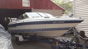 18 FOOT BOWRIDER SEARAY WITH TRAILER