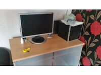 Desktop computer for sale everything In picture