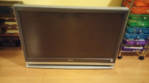 42 inch sony projection lcd TV