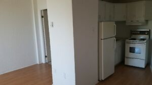 Bachelor in South End. Great location. For June