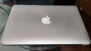 Macbook Air 11-inch, Early 2014 model. 1.4GHz i5.