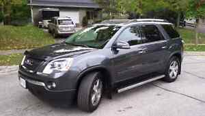 2011 GMC Acadia AWD SLT Fully Loaded