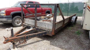 18 ft x 6 ft BED, DUAL AXLE TRAILER, in an Online Auction