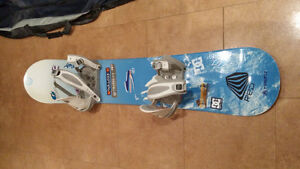 157 Snowboard, bindings and boots