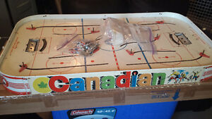CANADIAN Table Hockey Game -circa 1960s