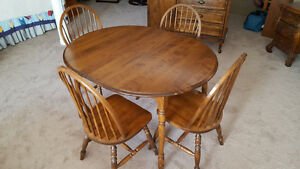dining table & 4 chairs, hutch
