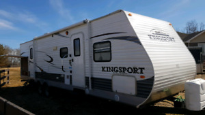 PRICE TO SELL 2013 32 foot kingsport by Gulfstream