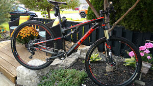 2015 TREK SUPERFLY CARBON FS 9.8 SL