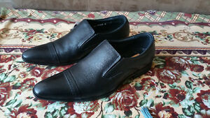 BRAND NEW - Black Formal/Dress shoes with tag!