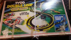 Tyco double loop slot car set