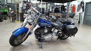 2007 Harley Davidson Fat Boy low kms! **Financing available oac*