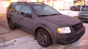 2005 Ford Freestyle **NEED GONE**