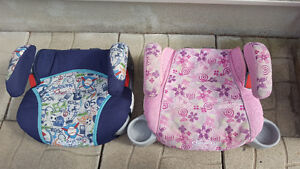 His and Hers Graco No Back TurboBooster