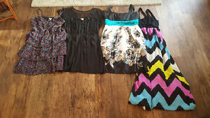 Women's Size Small Lot ( 15 items)