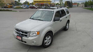 2008 Ford Escape , XLT,Leather, Sunroof, 3/Y warranty available