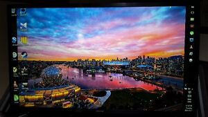 MINT SAMSUNG 32 INCH LED 1080P SMART TV