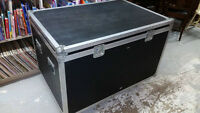 LARGE BAND EQUIPMENT CASE FOR DRUMS/GUITARS