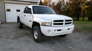 2002 dodge diesel sport 6 speed 4x4