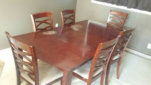 Dinner Table with 6 Chairs.